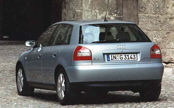 Фото Audi A3  (2000-2002)