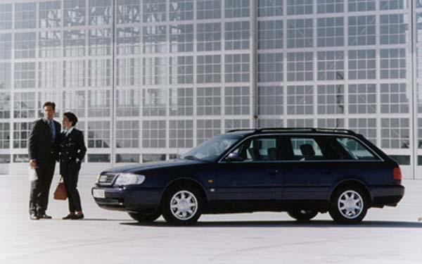 Фото Audi A6 Avant  (1994-1997)