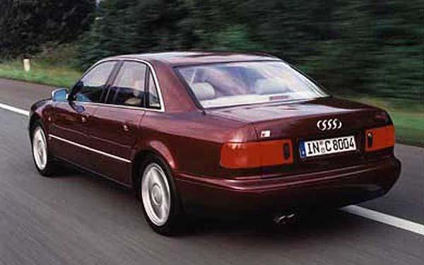 Фото Audi S8 (1999-2002)