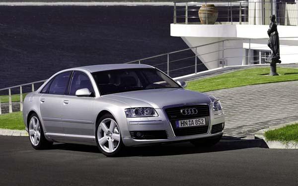 Фото Audi A8  (2005-2009)