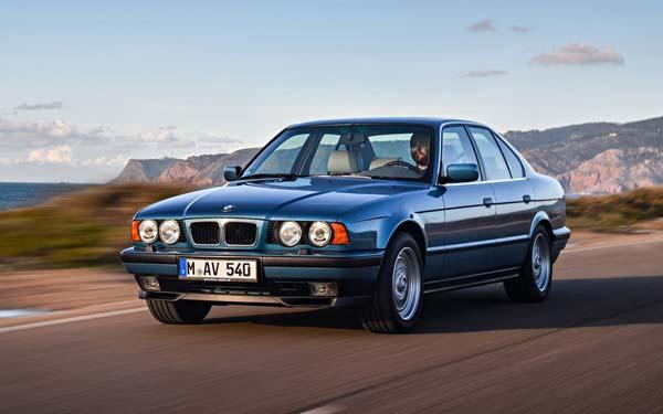 Фото BMW 5-series Touring  (1997-1999)