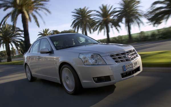 Фото Cadillac BLS