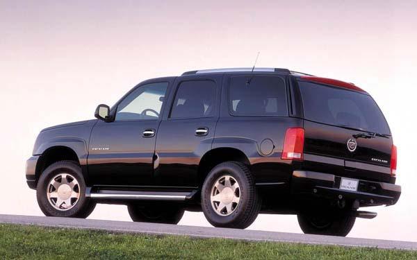 Фото Cadillac Escalade  (2001-2005)