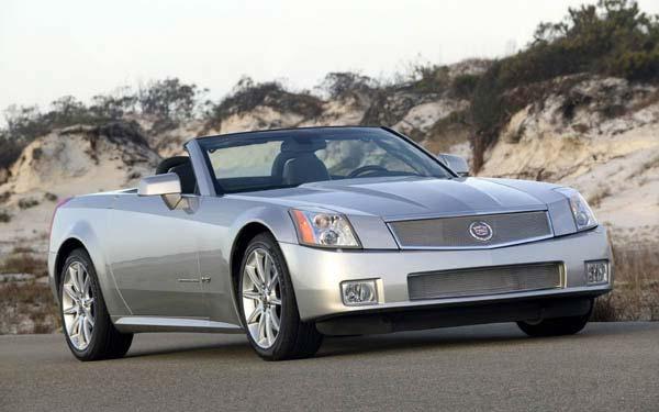 Фото Cadillac XLR-V