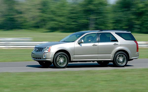 Фото Cadillac SRX  (2003-2009)