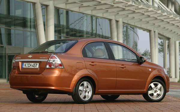 Фото Chevrolet Aveo Sedan  (2004-2011)