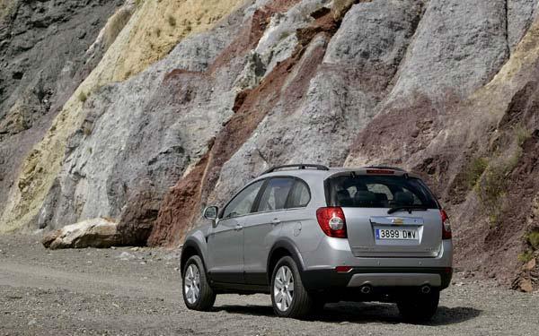 Фото Chevrolet Captiva  (2006-2011)