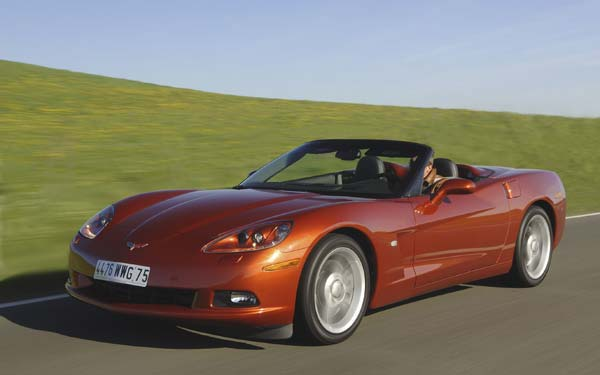 Фото Chevrolet Corvette Convertible  (2004-2013)