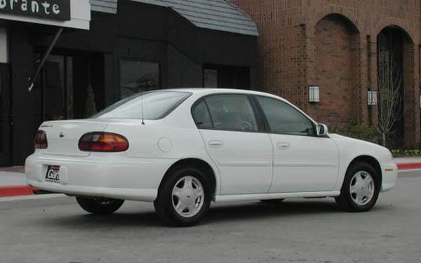 Фото Chevrolet Malibu  (1996-2002)