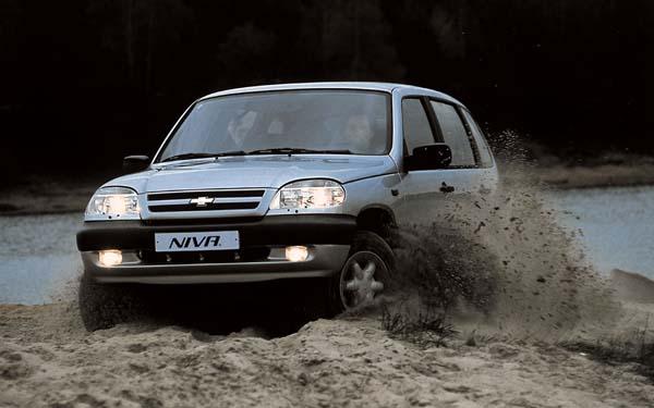 Фото Chevrolet Niva  (2002-2009)