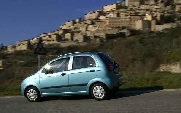 Фото Chevrolet Spark  (2005-2010)