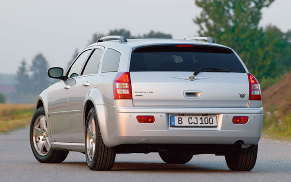Фото Chrysler 300C Touring  (2004-2010)