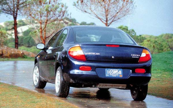 Фото Chrysler Neon