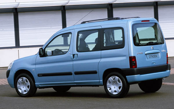 Фото Citroen Berlingo  (2003-2012)