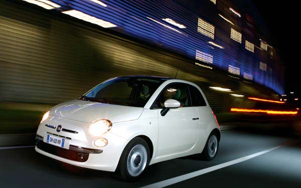 Фото FIAT 500  (2007-2015)