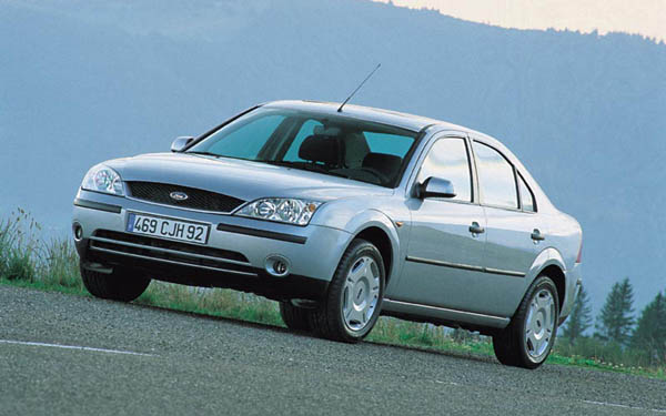 Фото Ford Mondeo  (2000-2005)