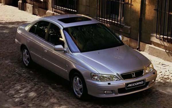 Фото Honda Accord  (1998-2001)