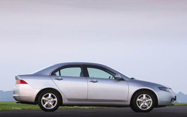 Фото Honda Accord  (2002-2005)