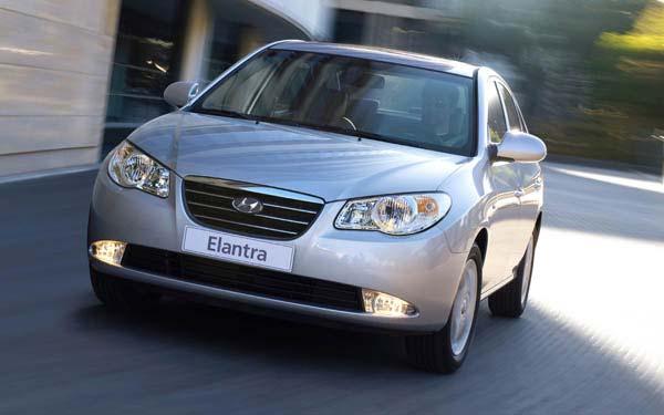 Фото Hyundai Elantra  (2007-2011)