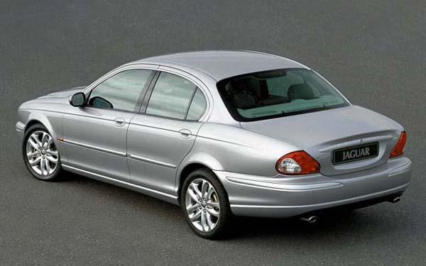 Фото Jaguar X-Type  (2001-2007)