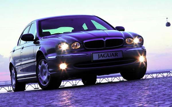 Фото Jaguar X-Type  (2001-2007)