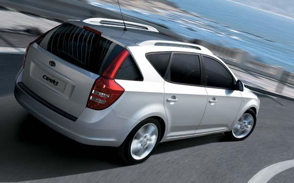 Фото Kia Ceed Sporty Wagon  (2007-2009)