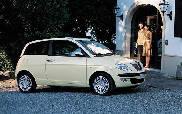 Фото Lancia Ypsilon  (2003-2006)