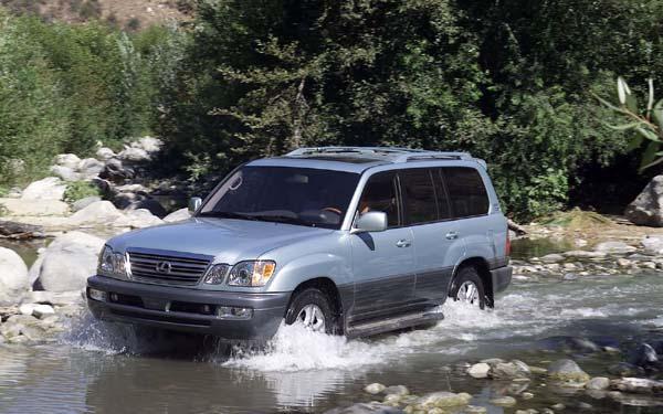Фото Lexus LX  (1997-2007)