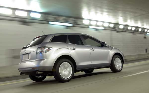 Фото Mazda CX-7  (2006-2009)