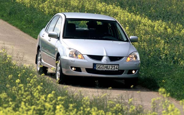 Фото Mitsubishi Lancer  (2003-2009)