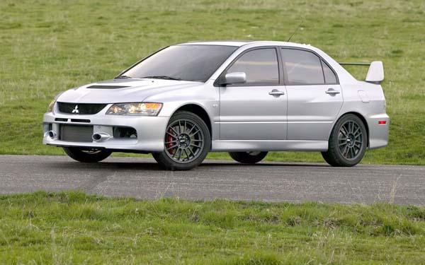 Фото Mitsubishi Lancer Evo IX  (2005-2007)