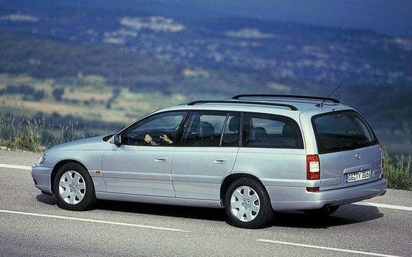 Omega B 2.5 DTi 24V Caravan(WR) Opel фото.