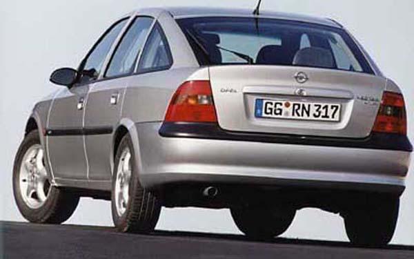 Фото Opel Vectra  (1995-1999)