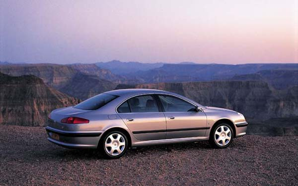 Фото Peugeot 607  (2000-2004)