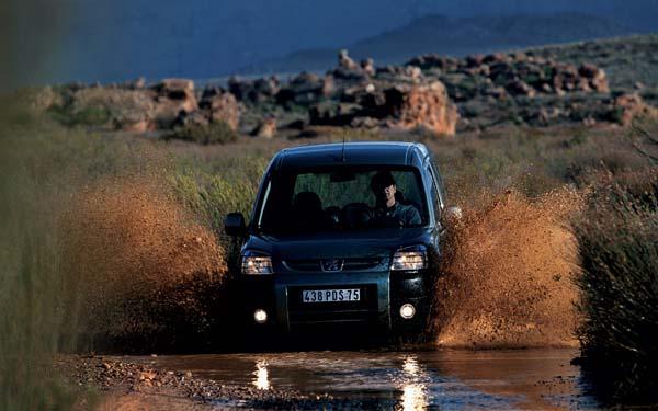 Фото Peugeot Partner  (2003-2008)