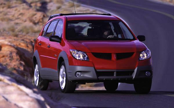 Фото Pontiac Vibe  (2002-2007)