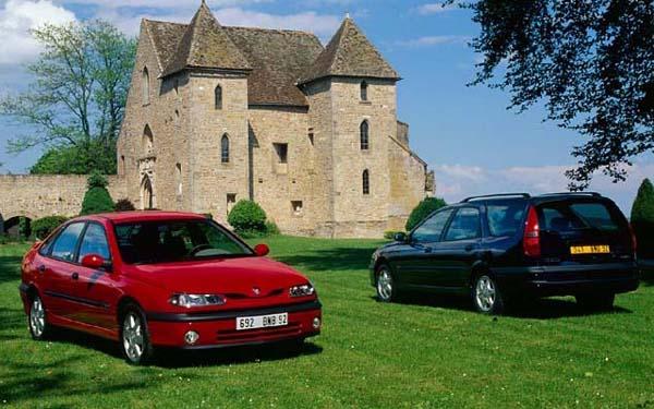 Фото Renault Laguna  (1998-2000)