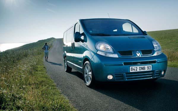Фото Renault Trafic  (2001-2006)