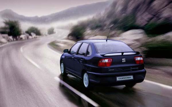 Фото SEAT Cordoba  (1999-2002)