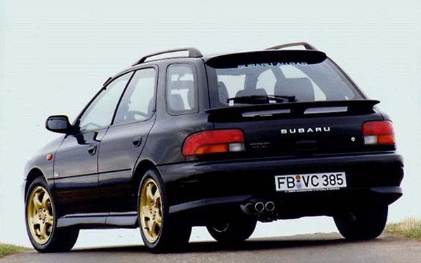 Фото Subaru Impreza Sports Wagon  (1993-1999)