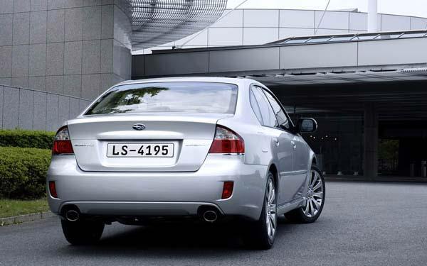 Фото Subaru Legacy  (2007-2009)