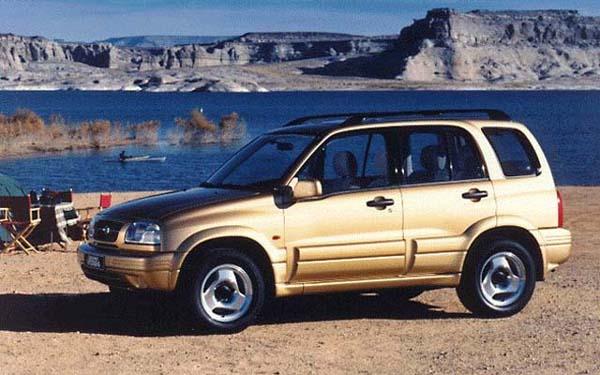 Фото Suzuki Grand Vitara  (1997-2002)