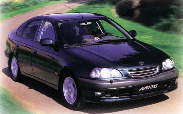 Фото Toyota Avensis  (1997-2000)