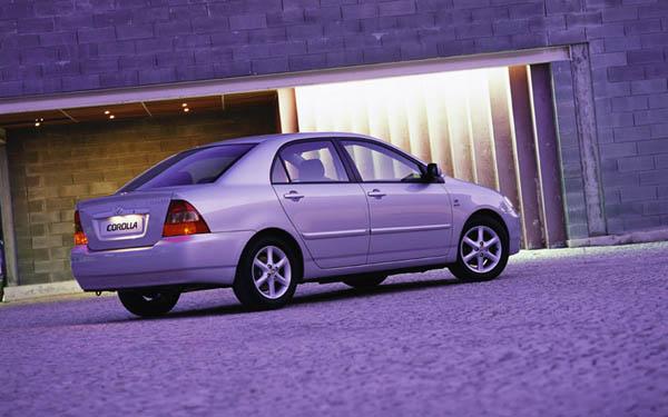 Фото Toyota Corolla  (2002-2004)