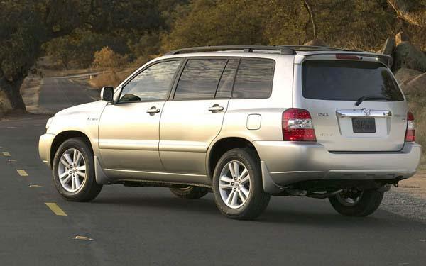 Фото Toyota Highlander  (2004-2007)