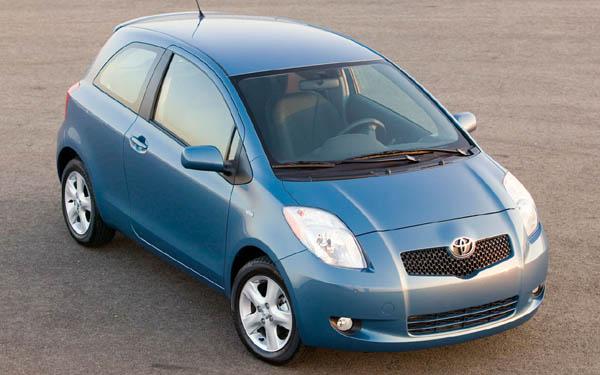 Фото Toyota Yaris  (2005-2009)