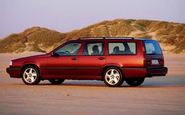 Фото Volvo 850 Wagon