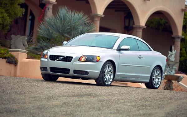 Фото Volvo C70  (2005-2009)