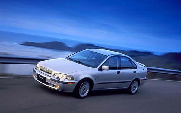 Фото Volvo S40  (2000-2001)