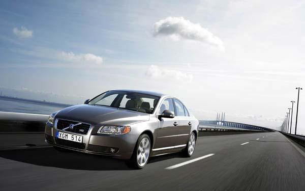Фото Volvo S80  (2006-2009)